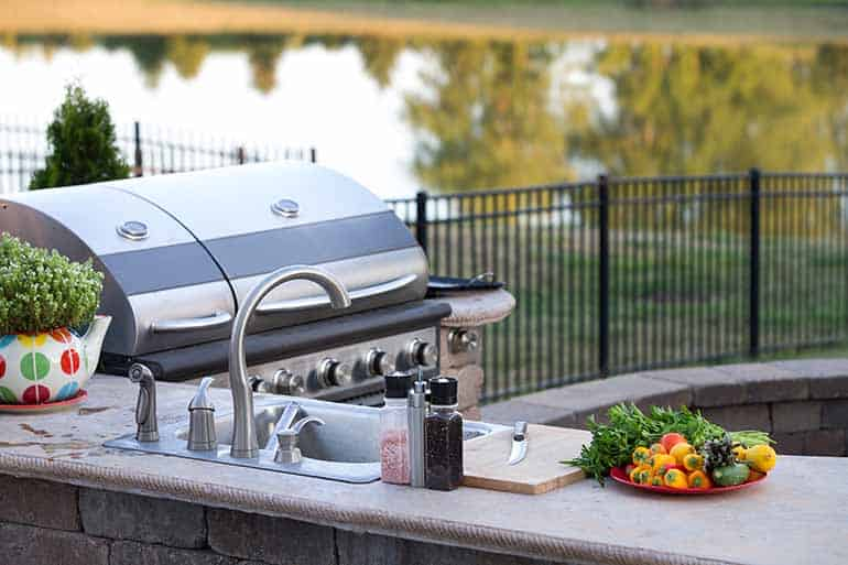 Enders Gasgrill Kansas 4 Sik Profi Turbo Test : Outdoor küche test die besten outdoor küchen im vergleich