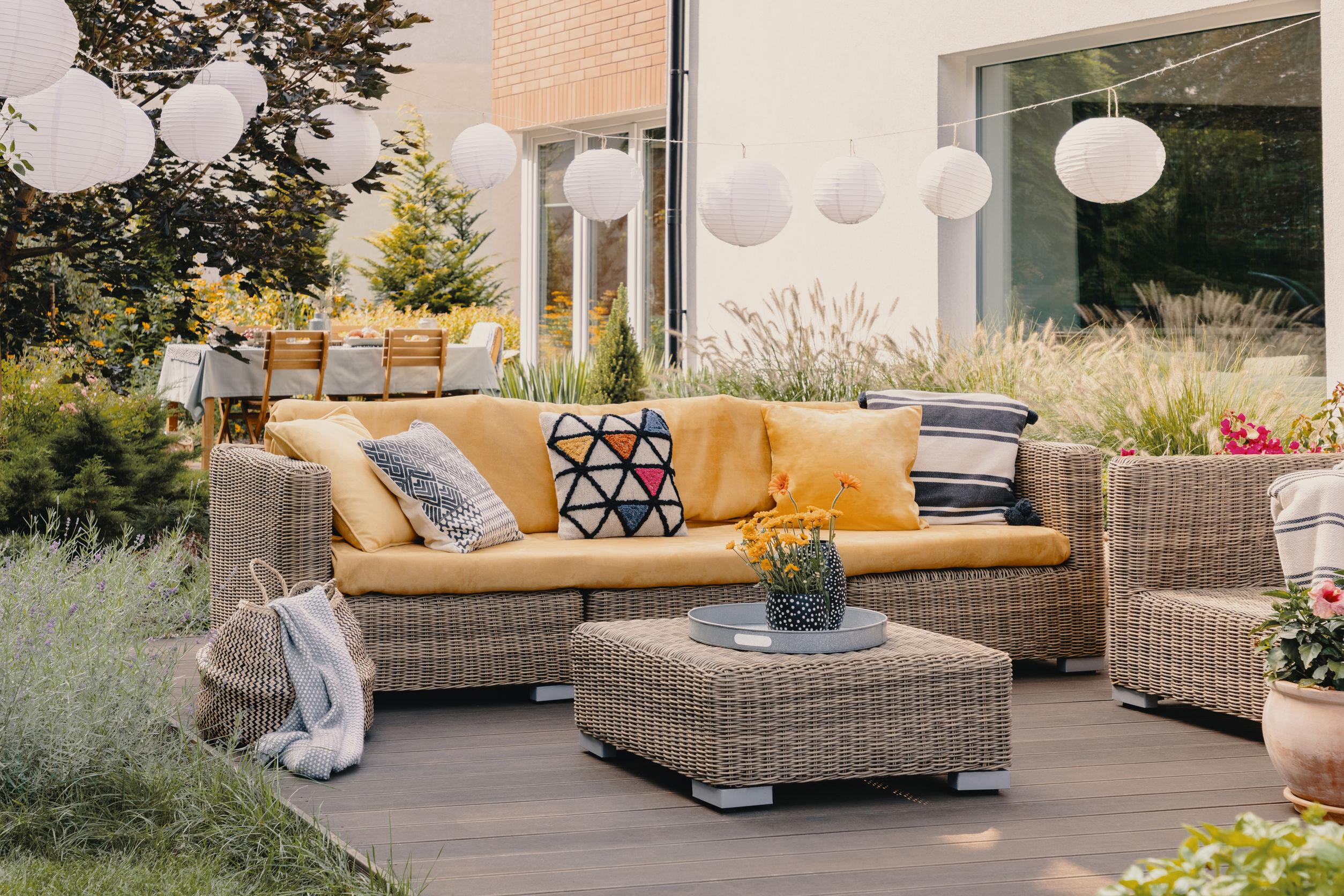 Outdoor Sofa: Test & Empfehlungen (10/20)